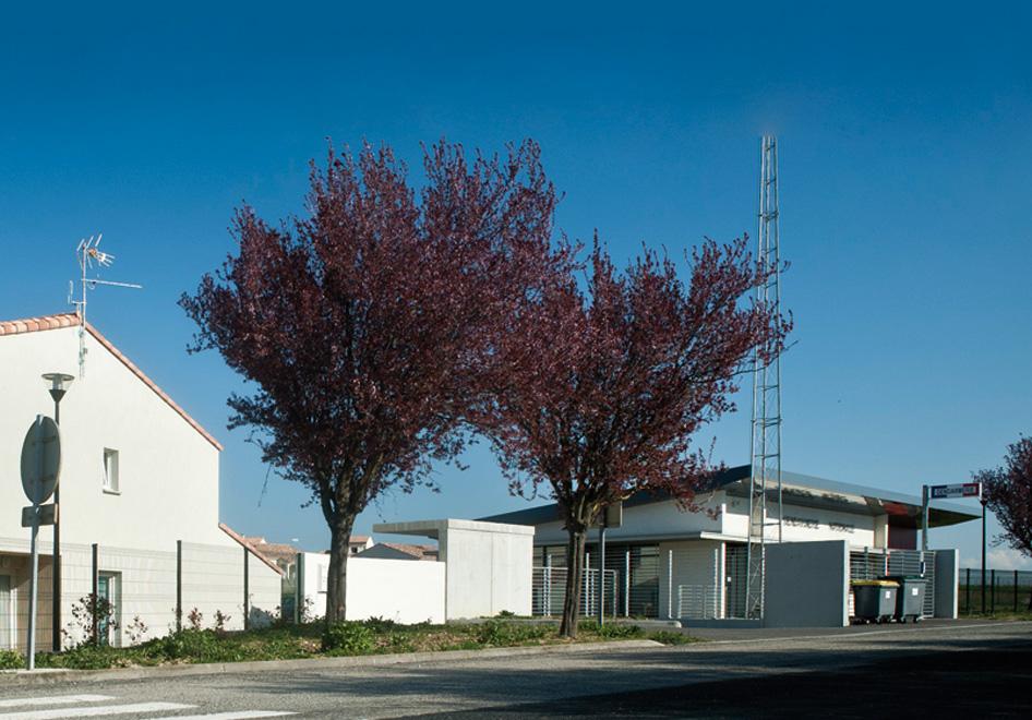cv architecture - r u00e9alisation gendarmerie - p u00f4le administratif et 6 logements